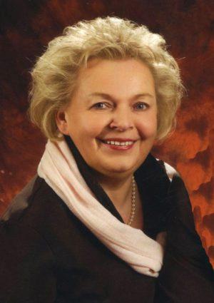 Portrait von Helga Katzenbeisser